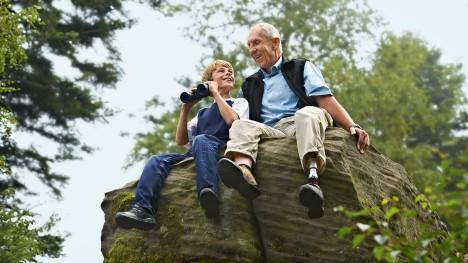 Ottobock above the knee prosthetic c-leg - sensors recognize when you