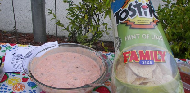 Chat & Chew with Frito Lay's Chips and Dip is a Perfect Pairing that Can't Compare!