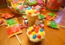 Cupcakes Baked Inside Ice Cream Cones! Yum!