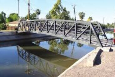 GRAND CANALSCAPE LEARNING BRIDGE