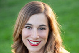 <b> Stephanie Healy</b>