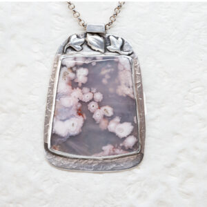 Floral Plume Agate Necklace