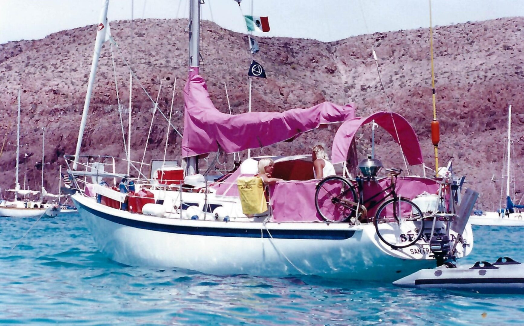 Sérenta (in foreground) on anchor in the Sea of Cortez