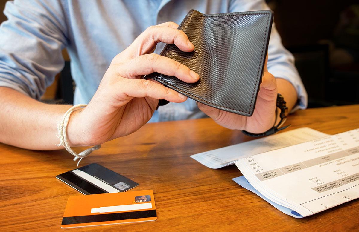 4 Keys to Conquering Debt