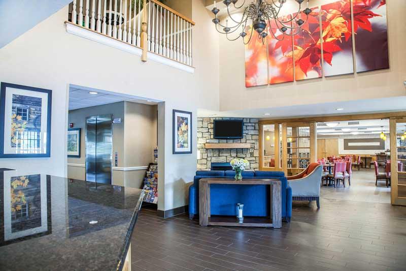 Sturbridge comfort inn sitting area