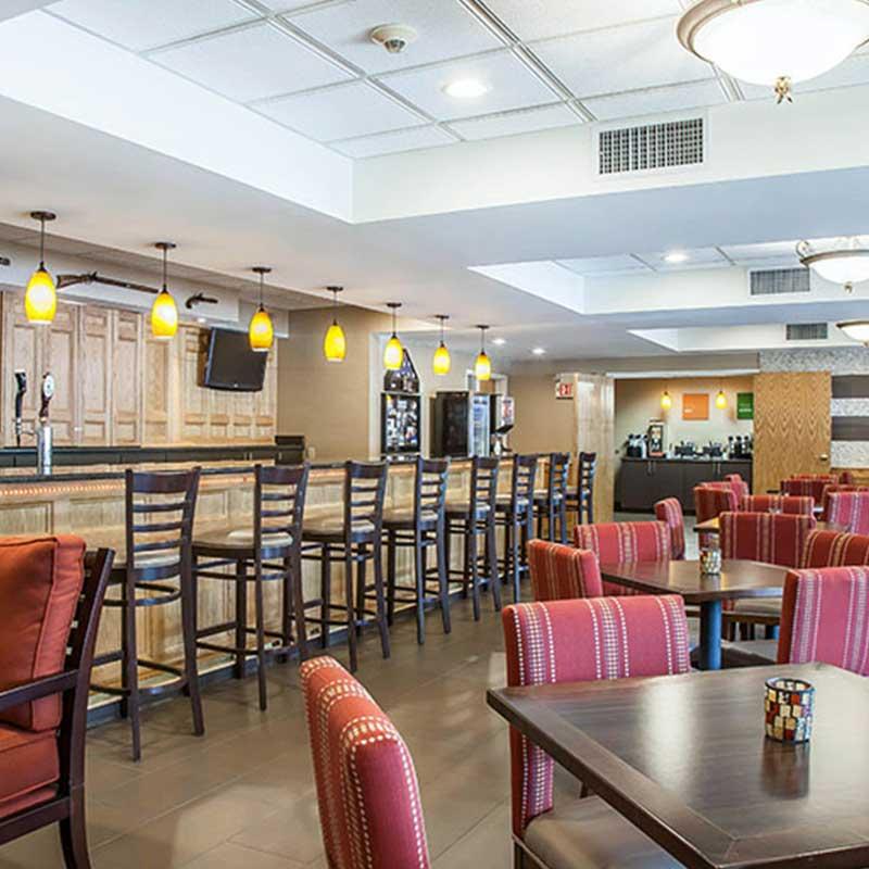 Sturbridge comfort inn lounge