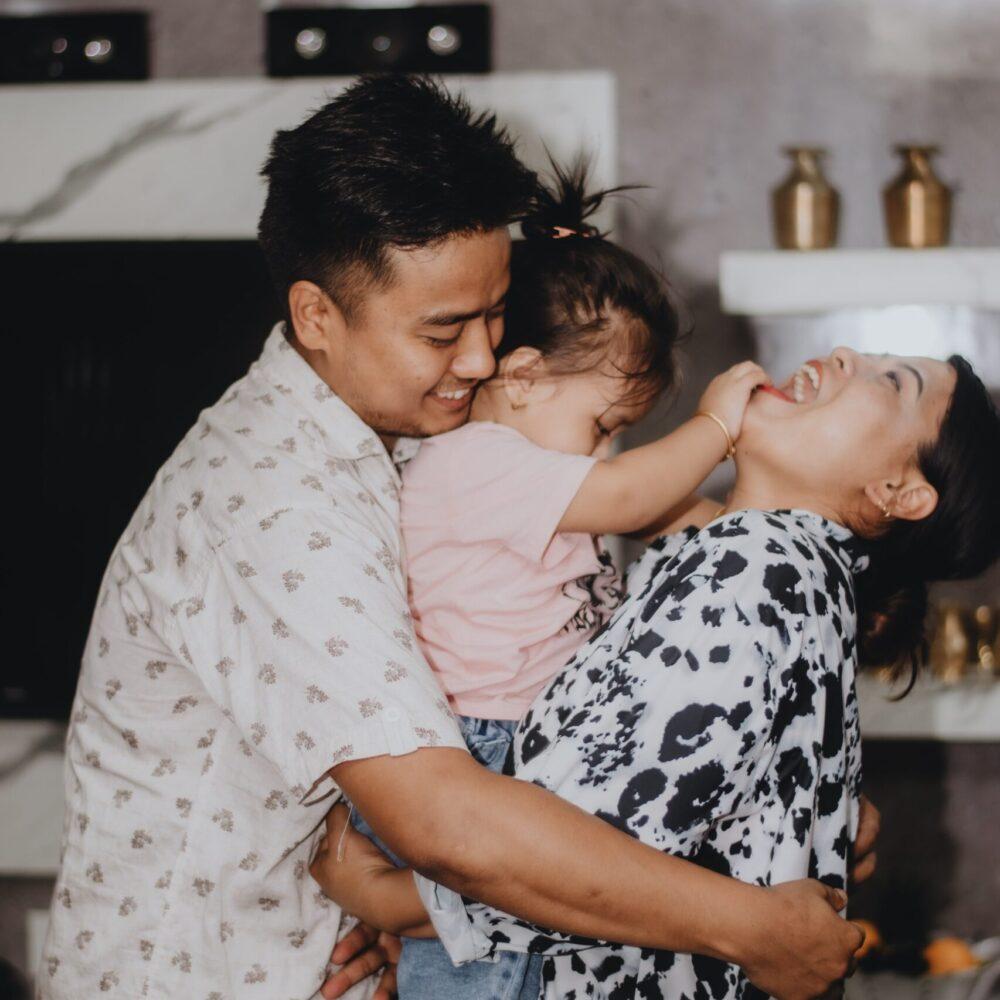 kabita-darlami-family fun-unsplash