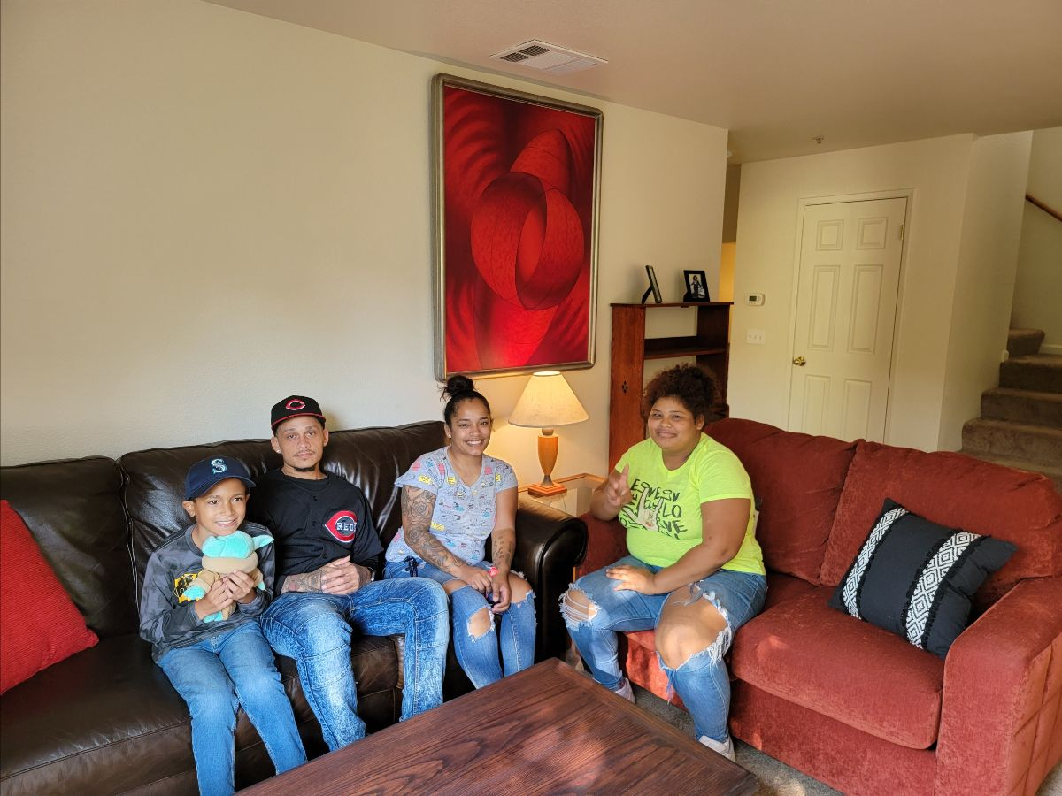 Gonzalo and Marisol Family