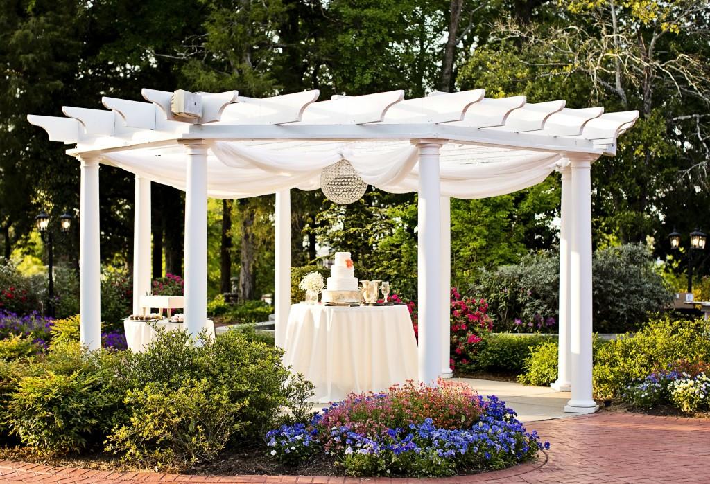 Wedding Cake, Elegant Garden Wedding