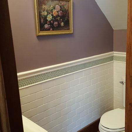 La Chambre bath | 1922 Starkey House B&B Inn | Finger Lakes, New York