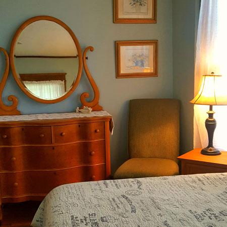 La Chambre dresser | 1922 Starkey House B&B Inn | Finger Lakes, New York