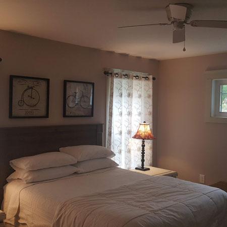 Private suite Bed | 1922 Starkey House B&B Inn | Finger Lakes, New York