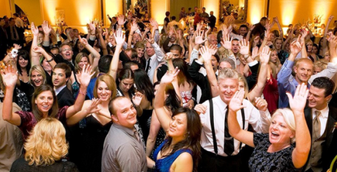 Houston DJ, DJs in Houston, Corporate Party, Company Party, People Dancing to the DJs music, Corporate Banquet, Christmas Party, Holiday Party, Awesome Music Entertainment, Awesome Event Pros, AME DJs, Sonido DJ Sammy de Houston
