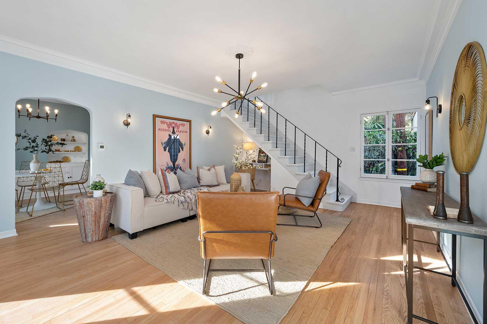 The Hayworth: Carey Grant Suite-Living Room