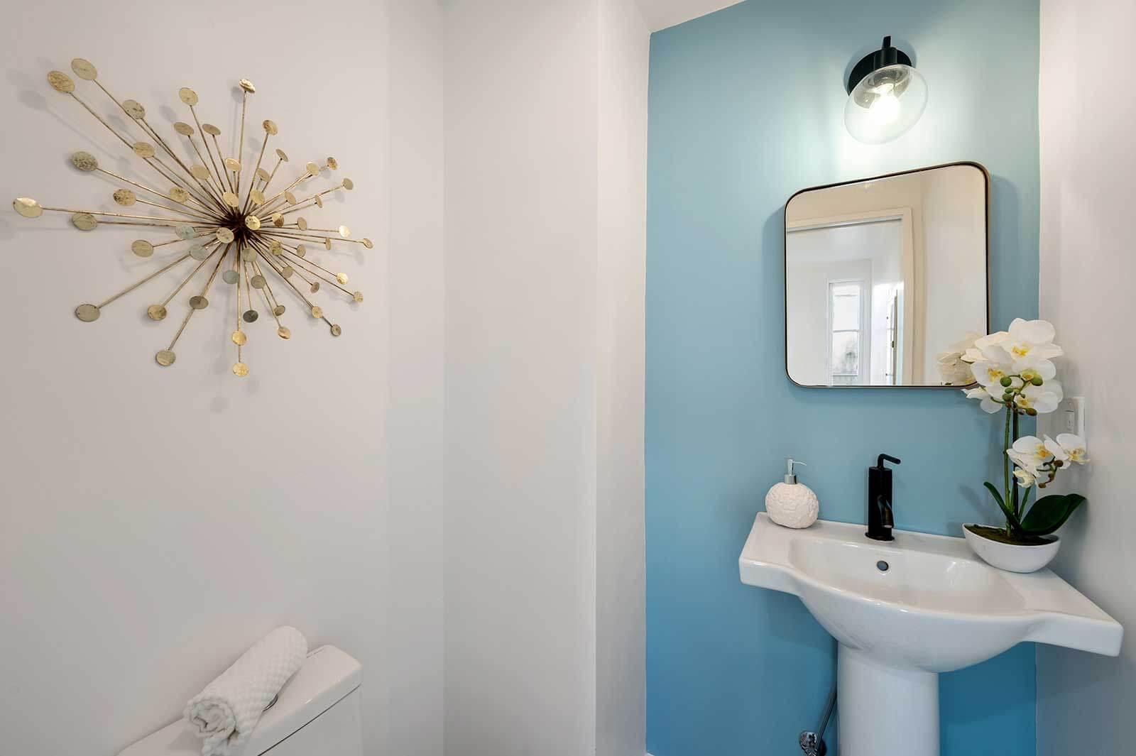 The Hayworth: Carey Grant Suite-Bathroom