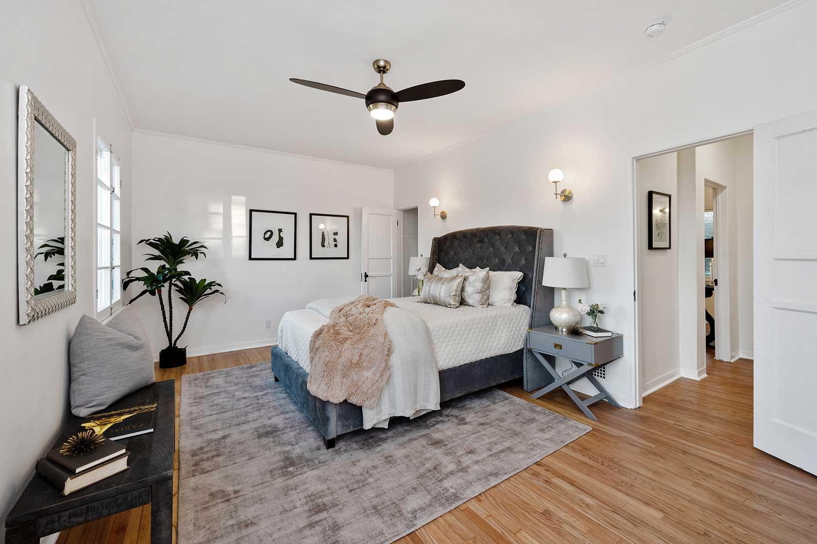 The Hayworth: Elizabeth Taylor Suite-Bedroom 1