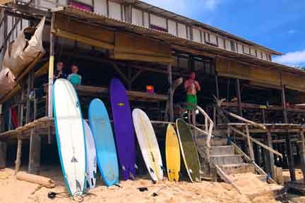 Balangan-Beach-Surfari-NextLevel-Surfcamp-Bali-4.jpg