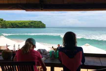 Balangan-Beach-Surfari-NextLevel-Surfcamp-Bali-5.jpg