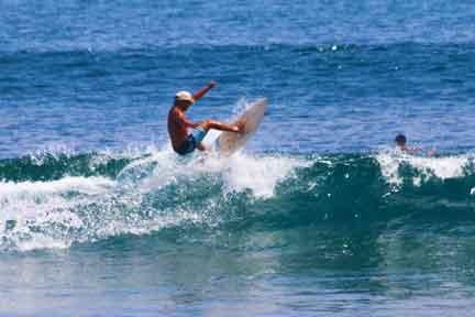 Delti-instructor-Intermediate-Surf-coaching-NextLevel-Surfcamp-Bali-Balangan