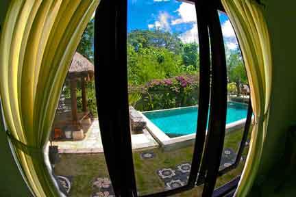 Deluxe-Poolside-NextLevel-Surfcamp-Bali-1.jpg