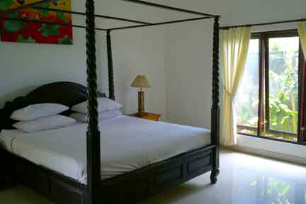 Deluxe-Suite-5-NextLevel-Surfcamp-Bali.jpg