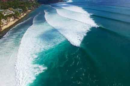 Impossibles-overhead-NextLevel-Surfcamp-Bali