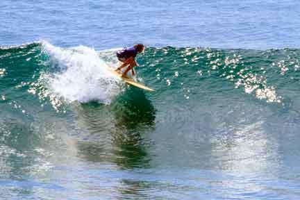 Intermediate-surfer-at-uluwatu-Next-Level-Surf-Camp-Bali.jpg