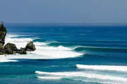 Padang-Padang-Classic-NextLevel-Surfcamp-Bali.jpg