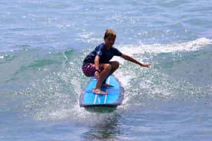 Padang-rights-surf-lesson-NextLevel-Surfcamp-Bali.jpg