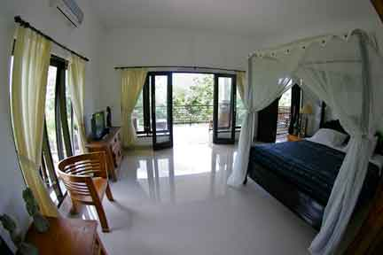 Penthouse-Suite-3-NextLevel-Surfcamp-Bali-1.jpg
