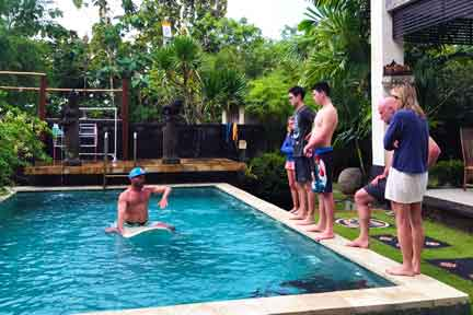Pool-Skills-Surf-Coaching-NextLevel-Surfcamp-Bali.jpg