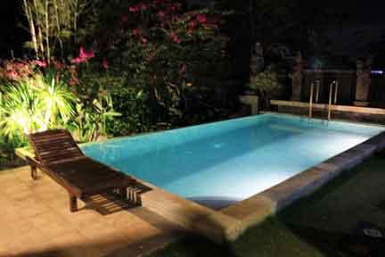 Pool-at-Night-3-NextLevel-Surfcamp-Bali-1.jpg