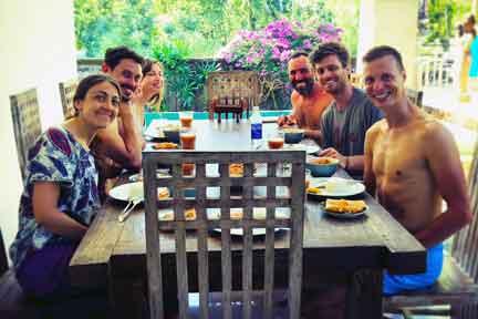 Surf-coaching-group-4-NexLevel-Surfcam-Bali.jpg
