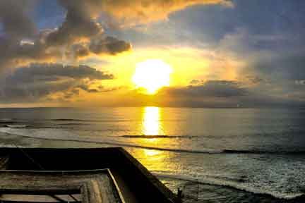Uluwatu-Sunset-NexLevel-Surfcam-Bali.jpg