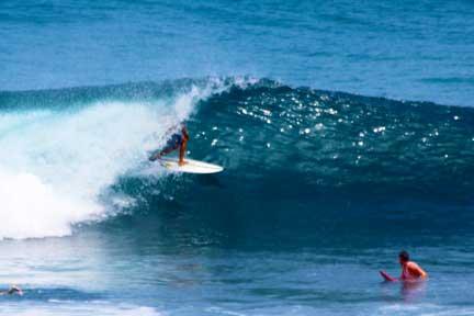 Uluwatu-advanced-lesson-NextLevel-Surfcamp-Bali-3-3.jpg