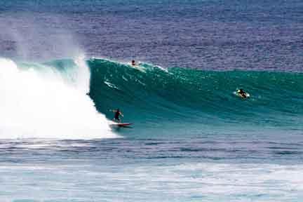 Uluwatu-big-surf-NexLevel-Surfcam-Bali