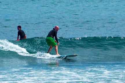 beginner-surfing-Balangan-NextLevel-Surfcamp-Bali.jpg