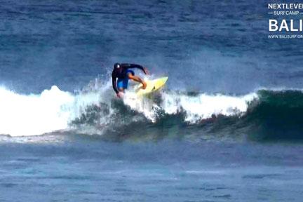 Balangan-floater-NextLevel-Surfcamp-Bali