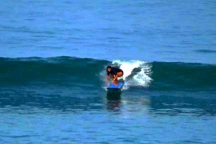 Dreamland-Beginner surf lesson 3