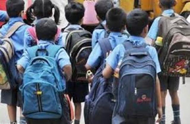 बड़ी खबर : उत्तराखंड में इन प्रतिबंधों के साथ 21 सितंबर से खुलेंगे पांचवीं तक के सभी स्कूल। पढ़ें SOP