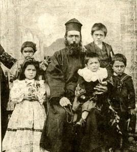 Davidian family Mihran on father Vartan's lap