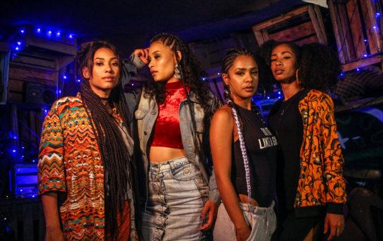 """""""Sistema Feminino"""", o primeiro álbum das Melanina MCs, é um grito pela libertação da mulher negra periférica"""