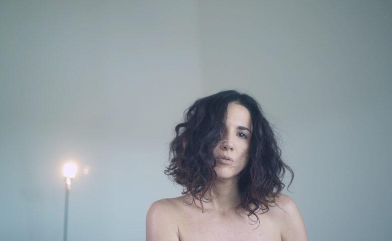 """""""No futuro os paradigmas da palavra amor podem mudar"""", Verônica Ferriani"""