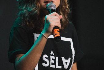 SÊLA é finalista em cinco categorias no Prêmio Profissionais da Música