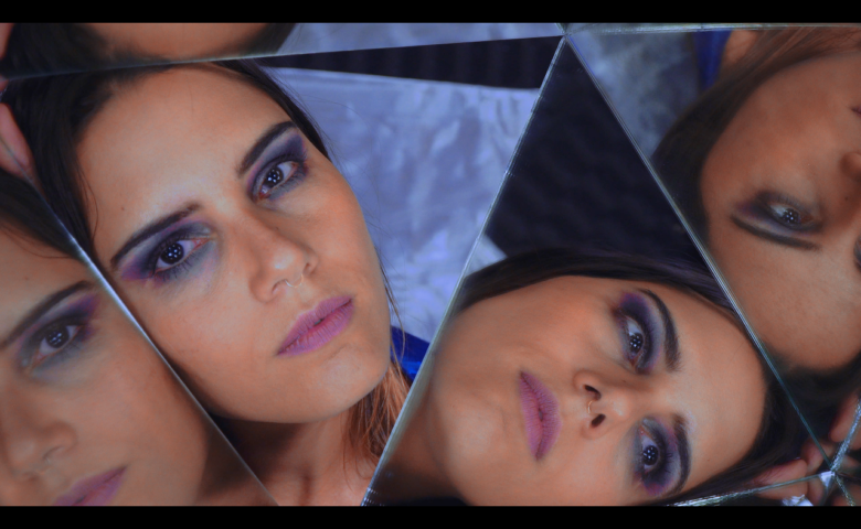 """Amanda Mittz abre as portas do seu álbum de estréia com o single """"Igual a Mim"""""""