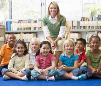 kids with their teacher