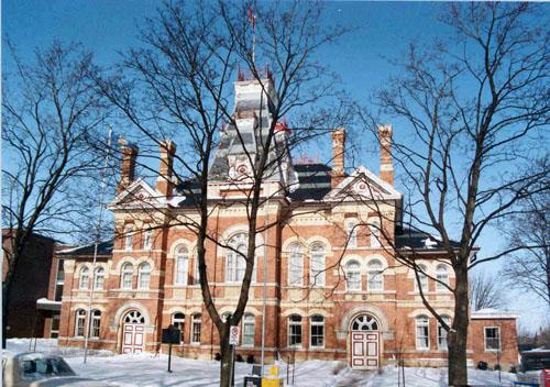 photo of the County of Dufferin building in winter