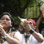 Sacerdotes mayas