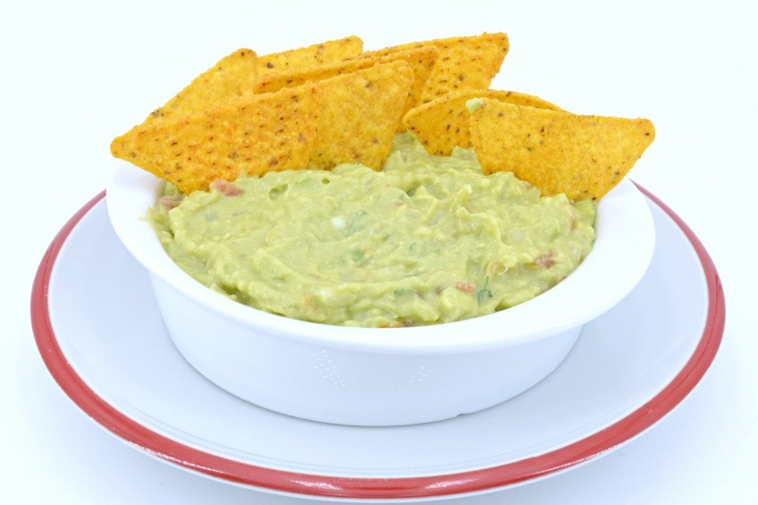 Homemade guacamole for 15 minutes
