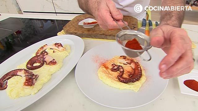 Grilled octopus with potato parmenti, recipe by Carlos Arginiano!  - step 5